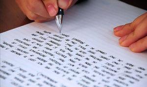 英語学習をする写真