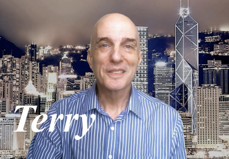国際ビジネス経験豊富  アメリカ人Terry先生